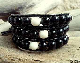 Bracelet wrap 3 turns Man, black leather, black wood, white baked porcelain, Boho jewelry, By Dodie