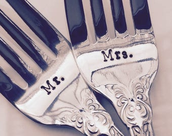 Mr./Mrs. wedding forks - new forks – wedding cake fork, wedding gift, engagement gift, bridal shower gift
