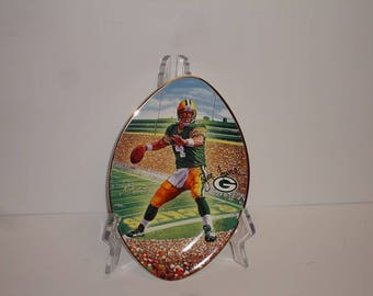 """NFL Brett Favre  """"Leader of the Pack"""" Limited Edition from The Bradford Exchange Plate"""
