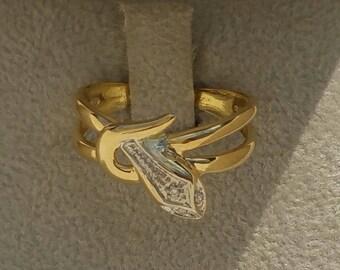 Splendid 18 Carat Yellow And White Gold Diamond Snake Ring.