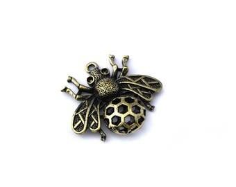 Charm pendant 3D bee color bronze