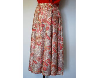 Long Pretty Peach/Cream/Orange Paisley Print Midi Skirt, Size 12