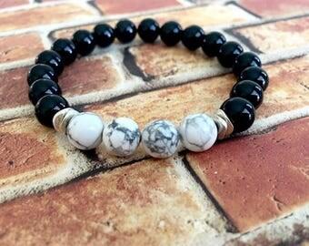 White Howlite Black Onyx Bracelet, Unisex Bracelet, Protection Bracelet, Wellness Bracelet, Birthday Gift Idea, Gift for Her, Gift for Him