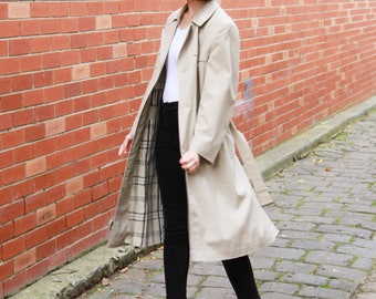 WINTER SALE 20% OFF Vintage 1980s Trench Coat /  Strellson of Switzerland / Plaid Lining / Beige Overcoat / L
