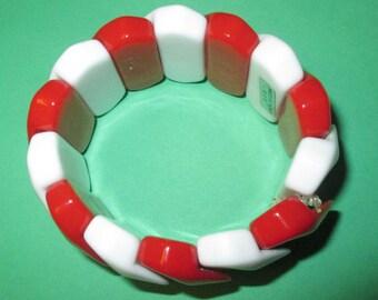 Vintage Peppermint Bracelet
