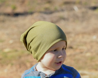 Military green Hipster beanie / Olive slouchy hat / Military green beanie / Slouchy beanie / Baby shower gift idea / Slouchy beanie hat