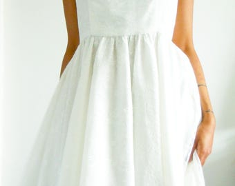 Handmade chantilly lace Halter neck dress, Ivory lace dress, White lace dress, Romantic style dress, white skater dress, Lace dress