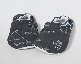 9-12 months - Baby slippers, Maths, Science, Mathematics, Geek, Grey, White, Flannel, Cotton, Soft soles Moccasins, Shower gift, Christmas