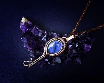 Wire wrapped jewelry Wire wrap necklace Copper jewelry Wire weaved jewelry Key necklace Blue labradorite jewelry Wired labradorite necklace