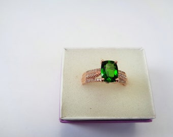 Chrome Diopside 14kt. Rose Gold Ring. Natural 1.35 ct. 8 x 6mm. Cushion Cut.