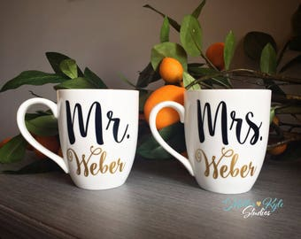 Mr. & Mrs. Coffee Mugs (2 Mugs) Personalized | Wedding gift | Bridal Shower gift | Engagement Gift | Couples Gift | Custom Mug | His Hers