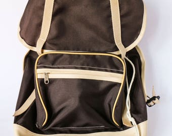 Vintage backpack from the 70s 80s - Brown and beige polyamide, functional, lightweight and fancy!
