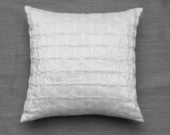 White Throw Pillows,White Decorative Pillows,Textured Pillow,Sofa Pillows,Neutral Pillows,Modern Pillow Covers,Bed Pillows,Luxury Pillows