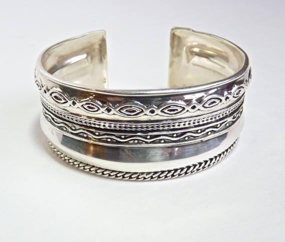 SILPADA ORNATE CUFF Bracelet ~ Ornate Silpada Sterling Silver Cuff Bracelet B3424 ~ Silpada Hallmark ~ Boho Chic ~ Vintage