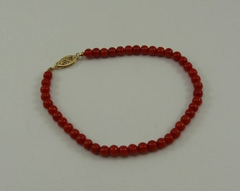 Italian Coral Bracelet with 14k Yellow Gold Clasp 7 3/4 Inches