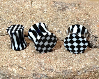 Black & White Ear Plugs, Double Flare Plugs, Body Jewelry, Gauges, Ear Plugs, Ear Stretchers, Ear Stretching