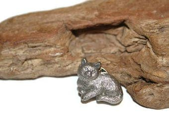 Vintage Cat Pin, Pewter Cat Jewelry, Cat Lover, Crazy Cat Lady, Animal Lover, Cute Cat Pin, Cat Brooch, Kitten Jewelry, Gift for Her