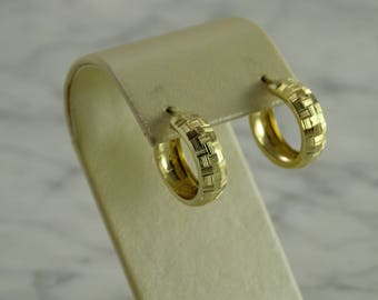 14K Huggie Earrings Yellow Gold (pierced)