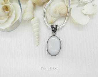 Vintage Rainbow Moonstone Sterling Silver Pendant and Chain