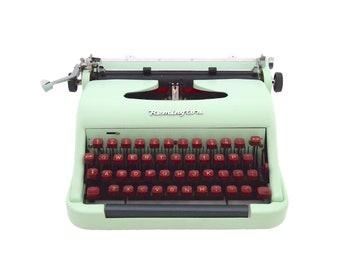 Remington Cicero typewriter, 1960s, mint green typewriter, working typewriter, portable typewriter, vintage typewriter, qwerty.