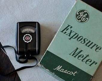 Vintage General Electric exposure meter, vintage light meter, General Electric light meter