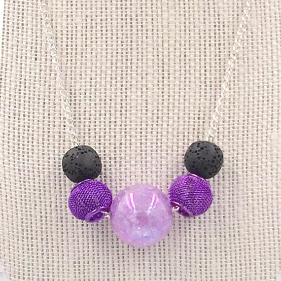 Floating Purple bead choker, Essential Oil diffuser Necklace, diffuser pendant, lava bead diffuser, aromatherapy jewelry,diffusing necklace