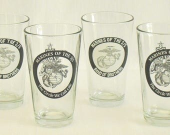4 Vintage Pint Glasses, Marines of the 3/5, The Circle We Call Life, Band of Brothers, 3rd Battalion 5th Marines,  Budweiser, Anheuser Busch