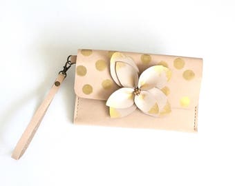 Leather Clutch - Wallet, Detachable wristlet strap, Statement bag, Gold Clutch, Tanned purse.