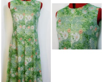 60s Green Floral Trapeze Dress with White and Peach Flowers