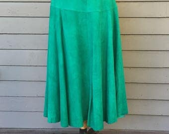 """skirt 1980s Green Suede Leather A-Line Skirt 