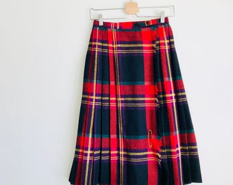 Vintage 60's Pleated Wool Plaid Skirt, SM // kilt, fall skirt, womens vintage, scotland