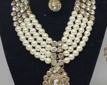 Kundan Pearl Bollywood Bridal Necklace and Earrings set with Maang Tika Indian BRIDAL Jewelry