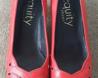 1980s heels•vintage heels•vintage shoes•red shoes•womens shoes•leather heels•UK 4
