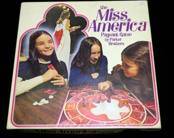 Vintage 1974 The Miss America Pageant Board Game Parker Brothers (100% Complete in Box)