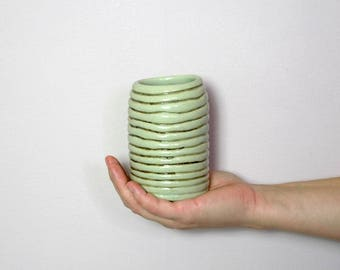 Try out series: Ribbed Vase