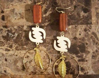 Jewel dangle earrings: Gye Nyame