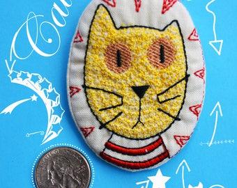 Cat brooch, fabric brooch, Embroidered brooch, cute brooch, cat,yellow cat, Funny brooch, Cheerful brooch,