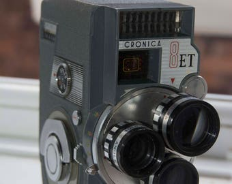 Cronica Model 8 ET 8 mm cine camera