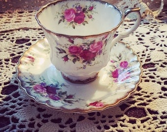 Vintage Queen Anne Pink Rose Cup And Saucer Set England Bone China Gold Trim Scalloped