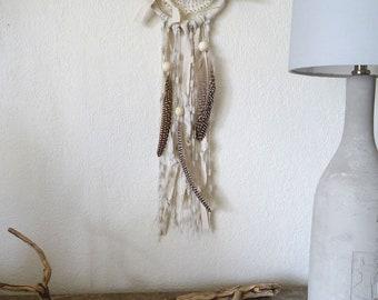 Attrape rêves écru dentelle napperon bois flotté plumes lin laine / dream catcher / déco bohème nature boho