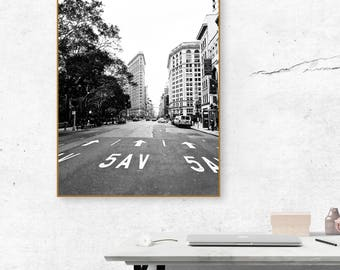 Flatiron Building NYC | B&W Photograph | Set of 4 Sizes | Instant Digital Download