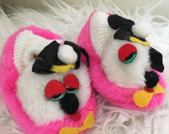 1960's neon pink puppy dog slippers - size 4 / 5