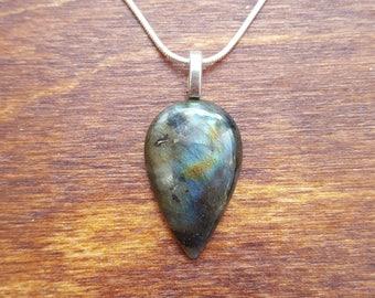 Labradorite silver necklace - gemstone necklace - birthstone necklace - gift necklace - birthday present - flashy labradorite - pendant - 11