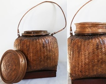 Large Straw Woven Basket with Lid and Handle // Brown Woven Straw Basket