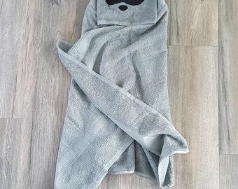 HOODED ANIMAL TOWEL,racoon hooded towel, baby hooded towel,childrens animal hooded towel, kids hooded raccoon towel,  hooded beach towel