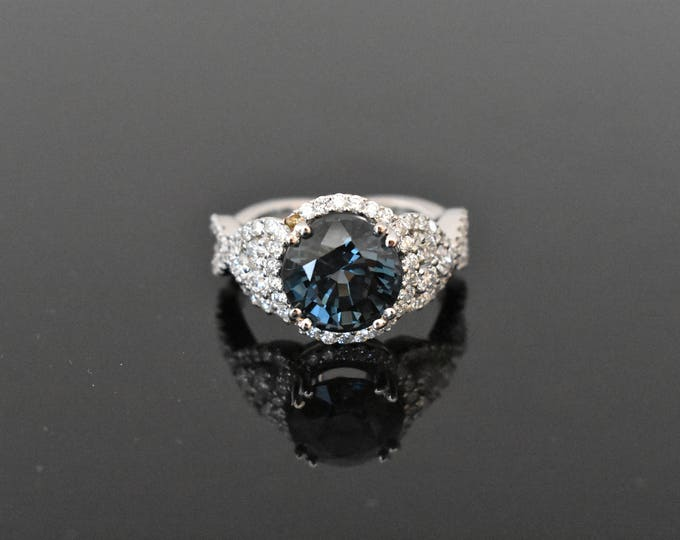 18K White Gold Blue Spinel & Diamond Ring | GIA Certified | Engagement Ring | Wedding Ring | Handmade Fine Jewelry | Statement Ring