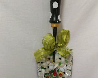"""Hand trowel """"Buttons and Stones"""""""