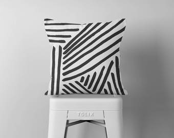 Black and White Throw Pillow, Black and White Pillow, Decorative Pillows, Square Pillow, Pillows, Throw Pillows, Accent Pillow, Cushion