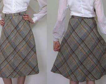 1960s Plaid Midi Skirt // Extra-Small