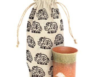 Wine holder Linen gifts House warming gift Elephant gifts Wine bag Elephant bag Linen bag Elephant print Gifts for wine lovers Wine tote